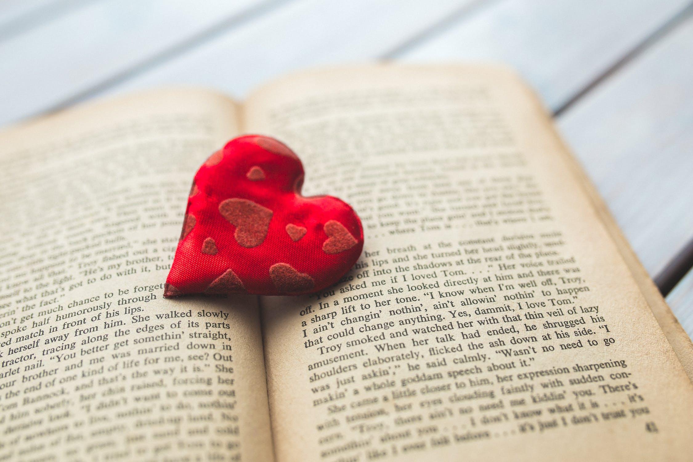 Mendunia dengan Membaca